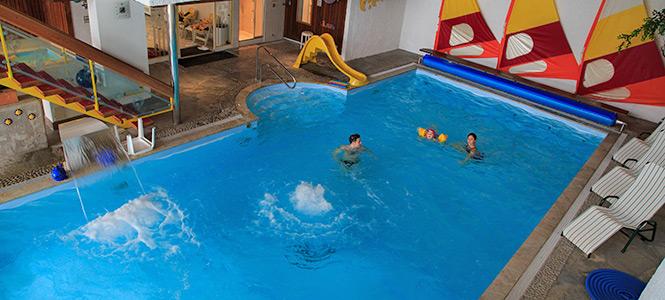 Hotel con mezza pensione a san candido hotel cavallino - Residence a san candido con piscina ...